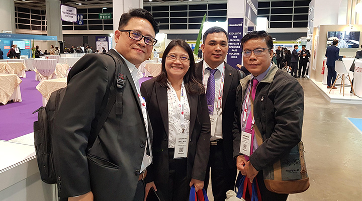 John Aniceto from Trapeze Group with the Manilla team at Asia Pacific Rail 2018